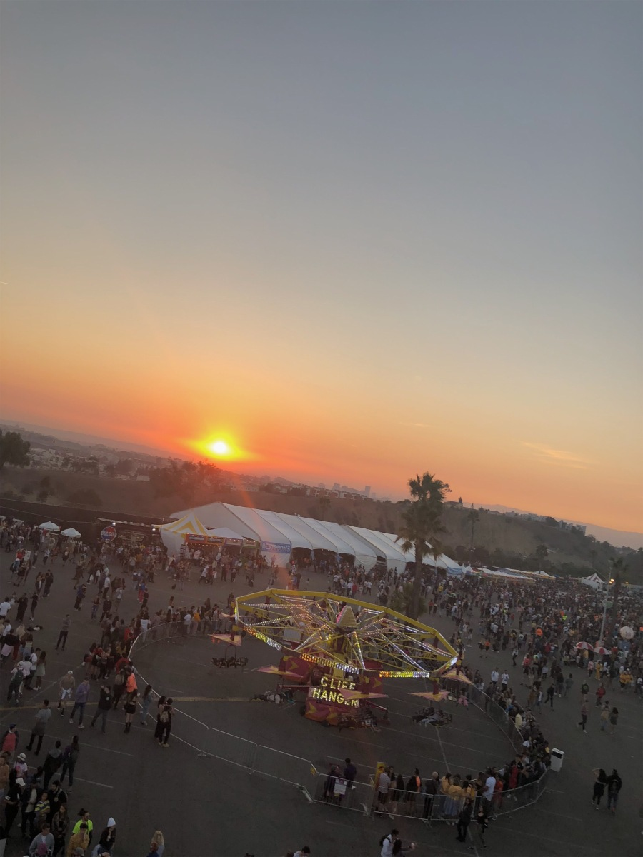 LA: Camp Flog Gnaw